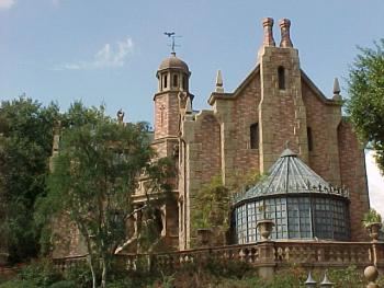 magic kingdom haunted mansion disney world orlando